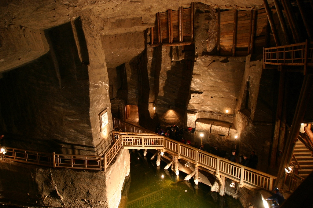 wieliczka salt mine krakow salt mines cracow city tours. Black Bedroom Furniture Sets. Home Design Ideas